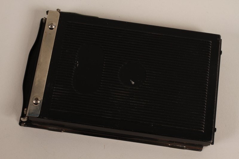 2003.149.59 front Hinged pack film holder used by German Jewish US soldier