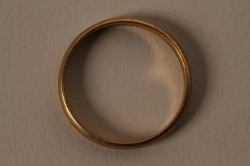 2003.149.67 front Gold ring with engraved initials and date owned by German Jewish refugee