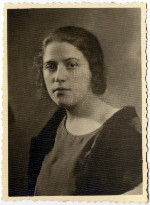 Shmuel's maternal aunt, Lodka Shapiro.  During the Lodz ghetto liquidation in August 1944, Lodka together with her two year old daughter Fanny were deported to Auschwitz-Birkenau and murdered on arrival. Shmuel and Miriam Kaufman Collection