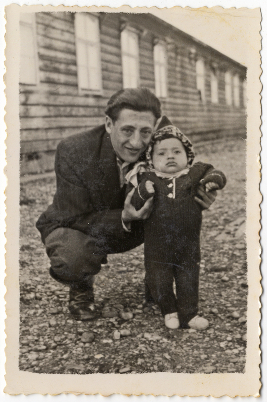Shmuel's maternal Uncle Itzchak Gliklich with his son Israel  at the Wells DP camp in Austria in 1947. Shmuel and Miriam Kaufman Collection
