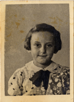 Hilda Braun (later Daliah Naveh), Miriam Kaufman's sister. Shmuel and Miriam Kaufman Collection  Click to enlarge