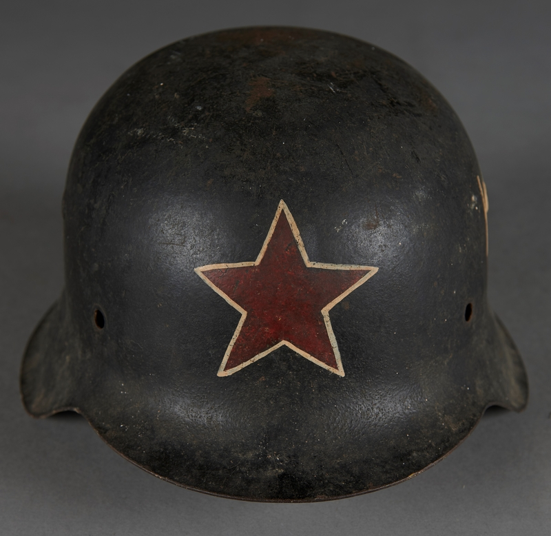 2010.507.2 front Wehrmacht helmet acquired by a US soldier