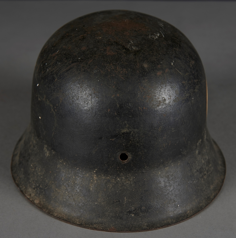 2010.507.2 back Wehrmacht helmet acquired by a US soldier