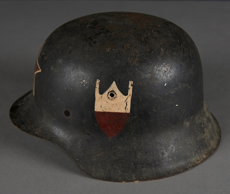 2010.507.2 left side Wehrmacht helmet acquired by a US soldier
