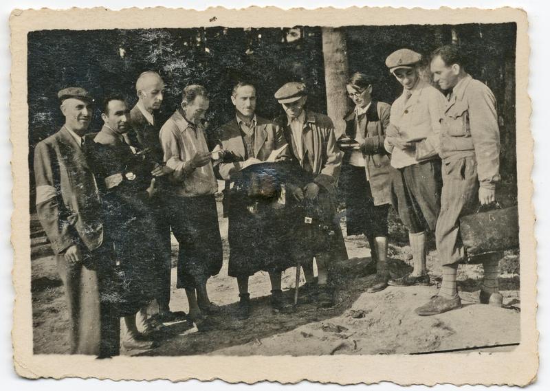 Stefan Burg Collection Szymon Burg family papers