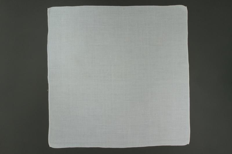2011.428.61_e front Tablecloth and napkin set