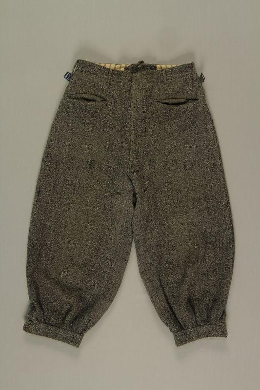 2002.475.2 front Pants