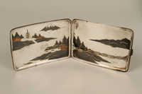 2001.283.4 interior Sterling silver cigarette case with an etched Japanese landscape  Click to enlarge