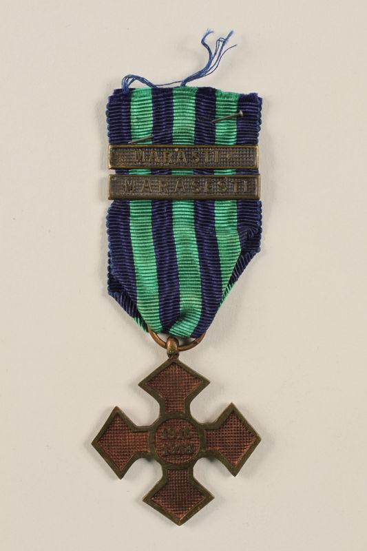 2002.224.4 front Medal