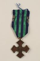 2002.224.4 back Medal  Click to enlarge