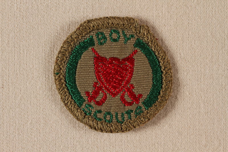2000.508.4 front Boy Scout badge