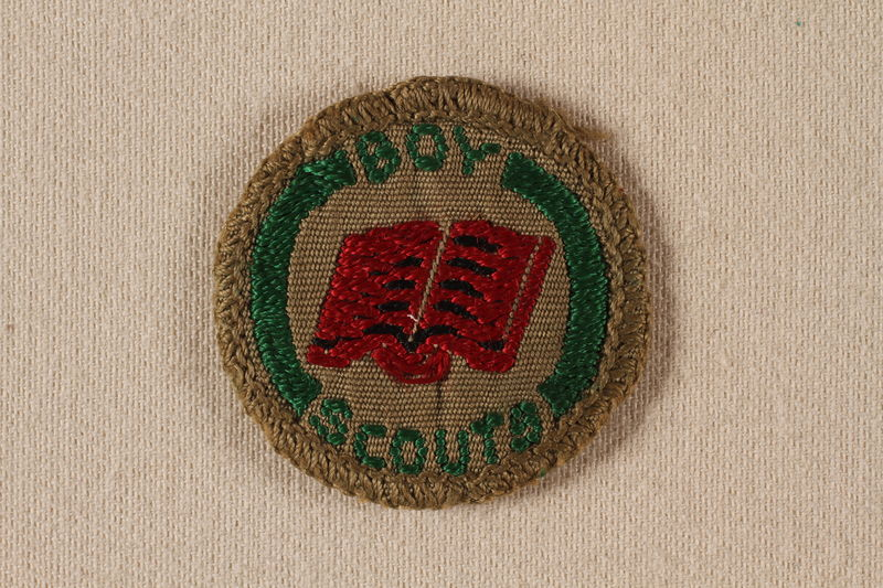 2000.508.5 front Boy Scout badge