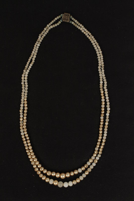 2002.481.3 front Necklace
