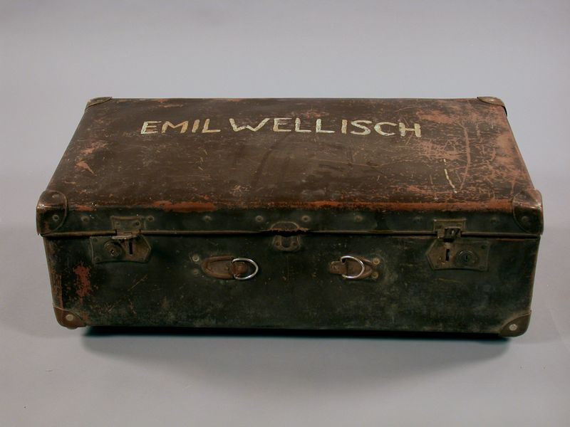 2003.354.2 front Suitcase used by a Jewish man when he fled Vienna
