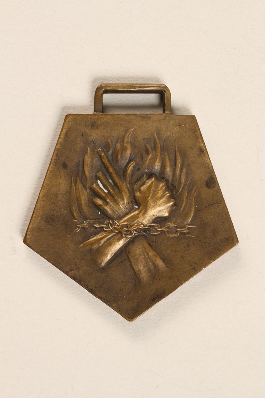 2003.351.2 front Medal of Deportation and Resistance for Acts of Resistance awarded to a French doctor