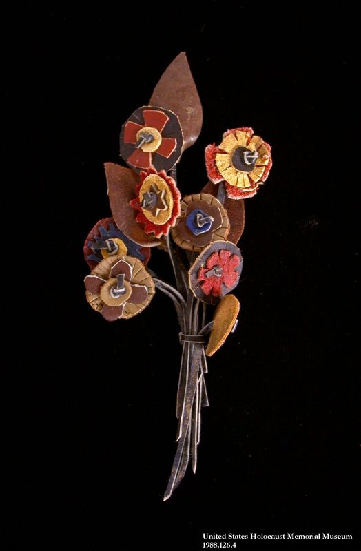 1988.126.29 front Bouquet of leather flowers made by an inmate at Bergen Belsen