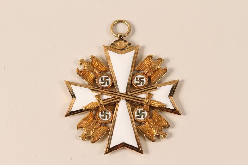 2000.594.1_b front Order of the German Eagle medal