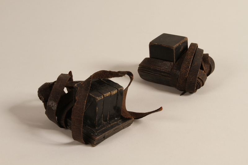 2004.410.1 a-b front Set of tefillin acquired by a Soviet Jewish soldier