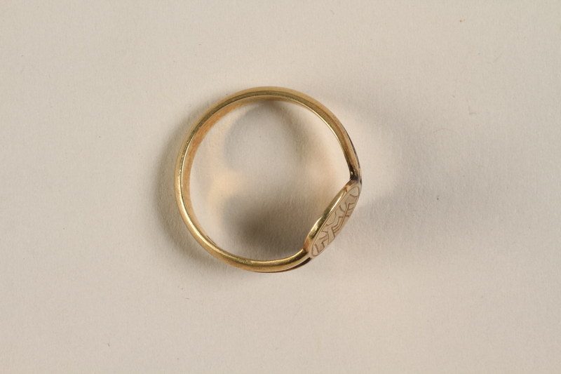 2000.606.2 front Ring