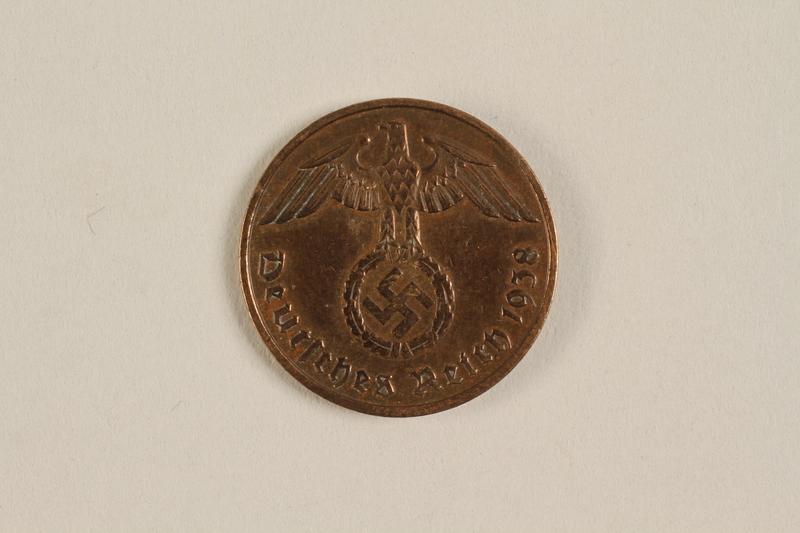 2000.607.1 front 2 Pfennig coin