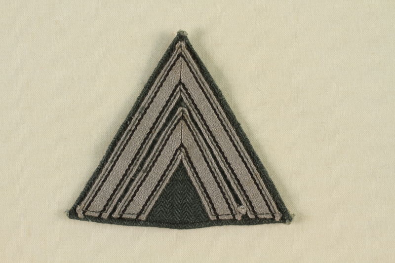 2002.528.4 front Military badge