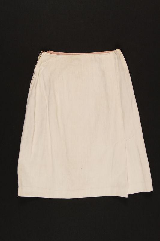 1999.105.3 front Skirt