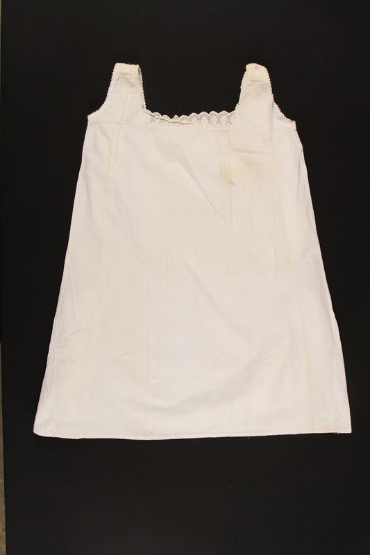 2000.617.12 front Nightgown