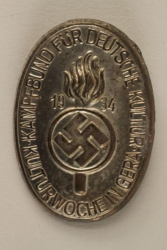 2005.367.10 front Kampfbund fur Deutsche Kultur pin