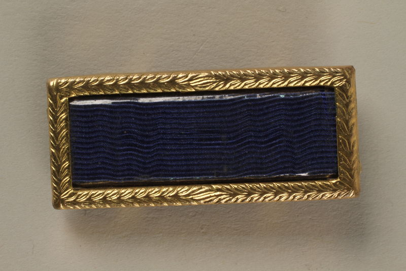 2005.416.10 front US Army Presidential unit citation pin that belonged to a US soldier