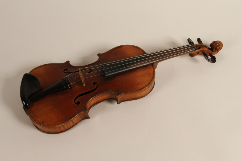 2005.453.8 front Violin used by a Sinti musician