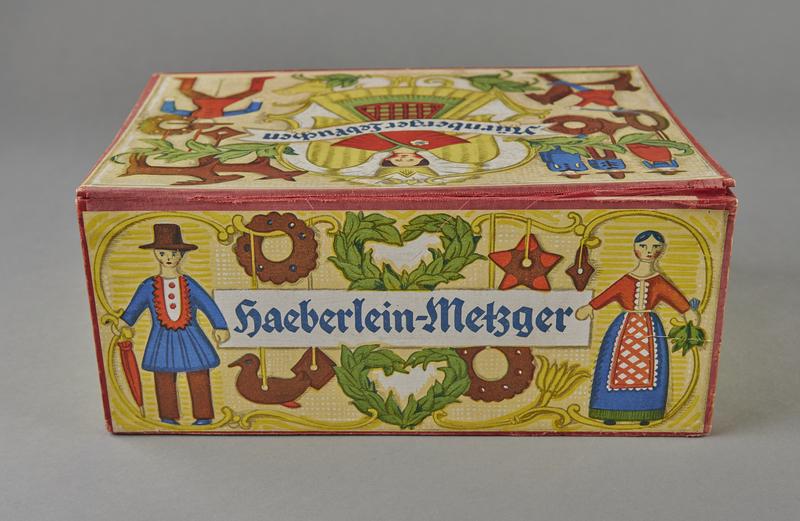 2004.721.7 back Christmas gift box for Haeberlein-Metzger Nuremberg lebkuchen