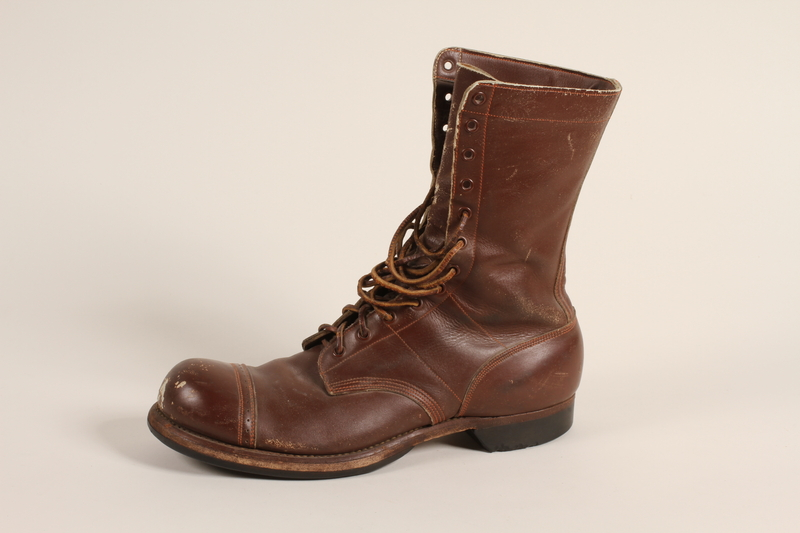 2006.11.5_a front Pair of US Army paratrooper boots worn by a soldier