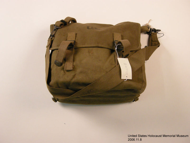 2006.11.8, Canvas first aid bag, J. George Mitnick Collection US Army canvas first aid bag used by a soldier