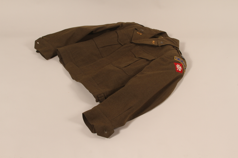 2006.11.18 front US Army captain's Eisenhower jacket worn by a soldier