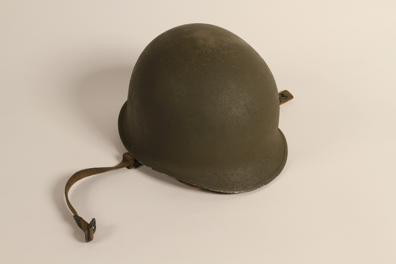 2006.11.31 front US Army M1 combat helmet worn by a Jewish soldier