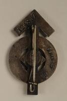 2008.103.1 back Hitler Jugend Leistungsabzeichen [Hitler Youth] proficiency badge  Click to enlarge