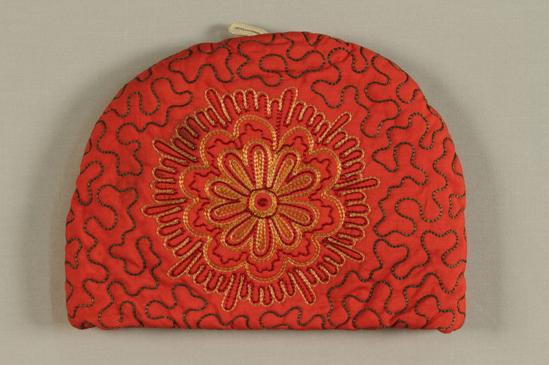 2006.417.2 front Embroidered tea cozy used by Austrian Jewish refugees to store family correspondence