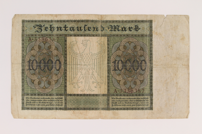 2007.151.3 back Weimar Germany Reichsbanknote, 10,000 marks