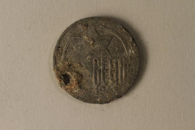 2002.429.1 back Łódź (Litzmannstadt) ghetto scrip, 5 mark coin