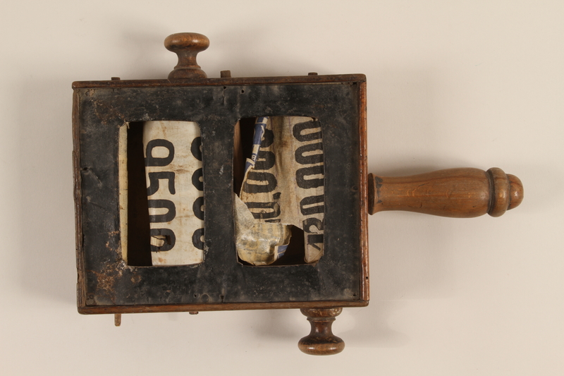 2000.530.4 front Baia Mare Synagogue auction price box
