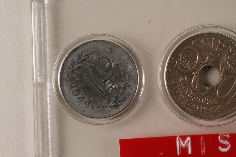 1988.106.1.1 front Belgium, 2 franc coin