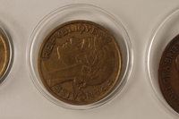 1988.106.1.5 back France currency, 2 franc coin  Click to enlarge