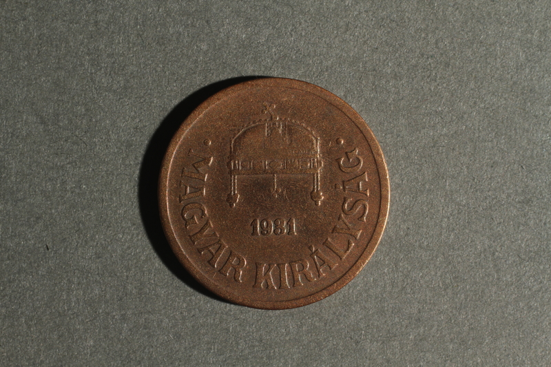 1988.106.1.8 front Hungary currency, 2 fillér coin