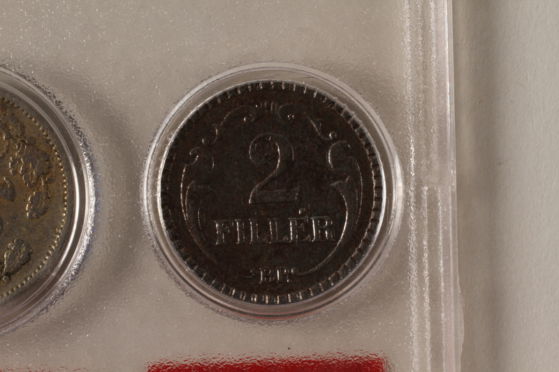 1988.106.1.18 back Hungary currency, 2 fillér coin