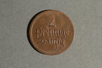 1988.106.1.23 back Danzig currency, 2 pfennig coin  Click to enlarge