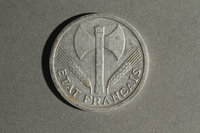1988.106.1.27 front France currency, 2 francs coin  Click to enlarge