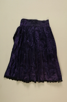 1989.246.2 front Skirt worn by a Sinti Romani woman  Click to enlarge