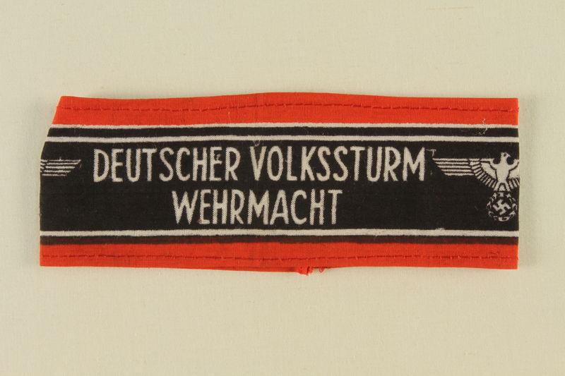 1989.113.3 front Deutscher Volkssturm Wehrmacht armband