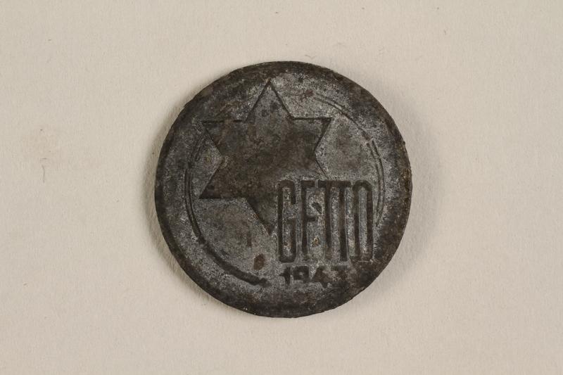 2003.460.7 front Łódź (Litzmannstadt) ghetto scrip, 5 mark coin acquired by Polish Jewish survivor