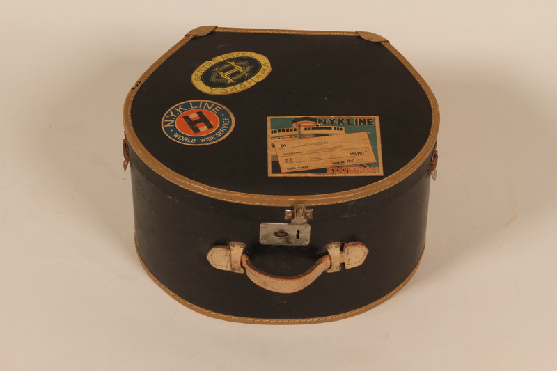 2002.531.1 front Hatbox used by a family during their flight from Nazi Germany to Japan